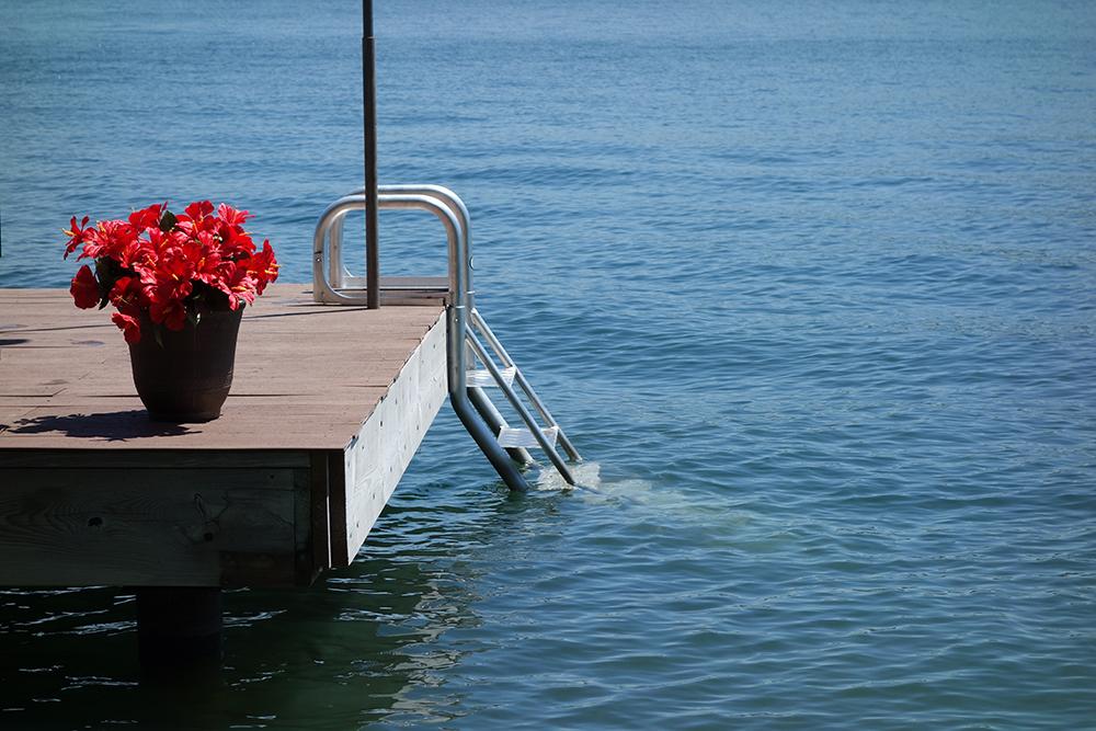 Aqua Stairs